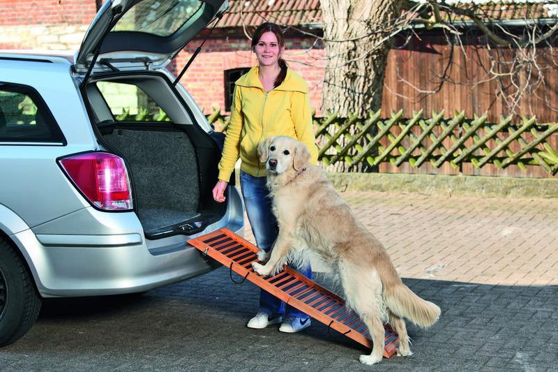 ※再入荷しました、木製です※【ドイツKARLIE】ペット用スロープ カープロテクション フォルダブルペットステップ Lサイズ【ドライブシート カーシート ドライブ アウトドア お出かけ】
