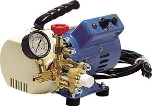 【送料無料】 KYOWA(キョーワ) ポータブル型 エアコン洗浄機 KYC-20A (単相100V) 収納ケース付 エアコンクリーニング オイルレスポンプ 圧力計付 自給式 小型 軽量 送料無料