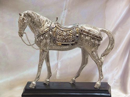 【送料無料】アンティークシルバー スタンディングホース オブジェ(台座付き)馬 置物 ホース 馬像 御祝 記念品 おすすめ ギフト プレゼント