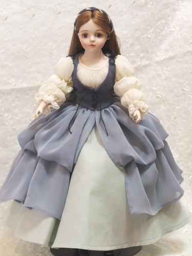 若月まり子 ビスクドール「白雪姫」(ドールスタンド付)ビスクドール 白雪姫 陶器 お人形 ギフト お祝い 記念品 陶器【_のし】ビスクドール 御祝 贈答 創作人形 ギフト 結婚祝 出産祝 記念品
