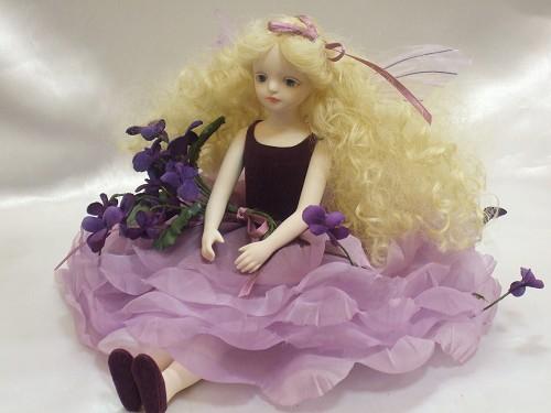 【送料無料】若月まり子 お花の妖精人形♪エルフィンフローリー:バイオレット【楽ギフ_のし】ビスクドール 御祝 贈答 創作人形 ギフト 結婚祝 出産祝 記念品