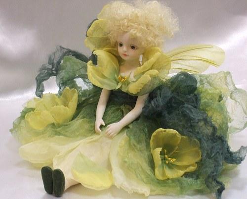 【送料無料】若月まり子 お花の妖精人形♪エルフィンフローリー:宵待草(よいまちぐさ)【楽ギフ_のし】ビスクドール 御祝 贈答 創作人形 ギフト 結婚祝 出産祝 記念品