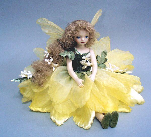 【送料無料】若月まり子 お花の妖精人形♪エルフィンフローリー:ジャスミン(イエロー)【楽ギフ_のし】ビスクドール 御祝 贈答 創作人形 ギフト 結婚祝 出産祝 記念品