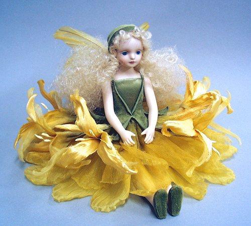 【送料無料】若月まり子 お花の妖精人形♪エルフィンフローリー:ネリネ(イエロー)【楽ギフ_のし】ビスクドール 御祝 贈答 創作人形 ギフト 結婚祝 出産祝 記念品