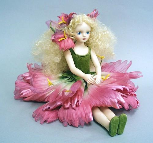 【送料無料】若月まり子 お花の妖精人形♪エルフィンフローリー:ダイアンサス(ディープピンク)【楽ギフ_のし】ビスクドール 御祝 贈答 創作人形 ギフト 結婚祝 出産祝 記念品