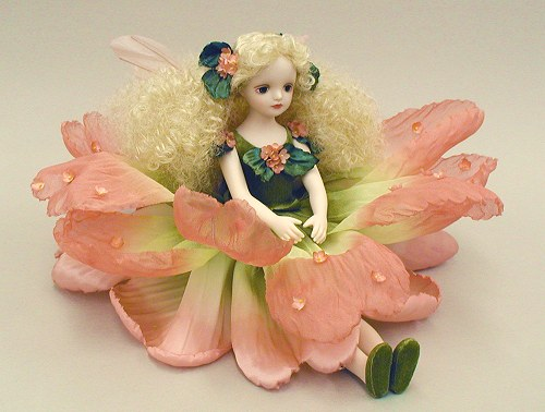 【送料無料】若月まり子 お花の妖精人形♪エルフィンフローリー:バーベナ(ピンク)【楽ギフ_のし】ビスクドール 御祝 贈答 創作人形 ギフト 結婚祝 出産祝 記念品