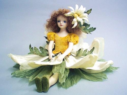 【送料無料】若月まり子 お花の妖精人形♪エルフィンフローリー:マーガレット【楽ギフ_のし】ビスクドール 御祝 贈答 創作人形 ギフト 結婚祝 出産祝 記念品