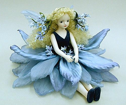 【送料無料】若月まり子 お花の妖精人形♪エルフィンフローリー:イブニングスター(ブルー)【楽ギフ_のし】ビスクドール 御祝 贈答 創作人形 ギフト 結婚祝 出産祝 記念品