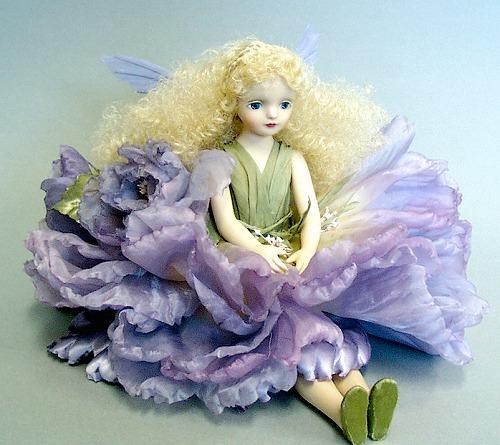 【送料無料】若月まり子 お花の妖精人形♪エルフィンフローリー:オールドローズ(パープル)【楽ギフ_のし】ビスクドール 御祝 贈答 創作人形 ギフト 結婚祝 出産祝 記念品