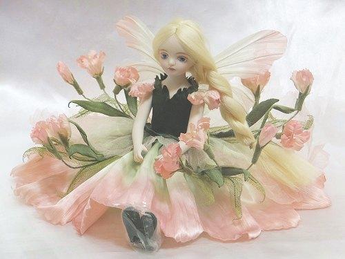 【送料無料】若月まり子 お花の妖精人形♪エルフィンフローリー:なでしこ(ピンク)【楽ギフ_のし】【楽ギフ_のし】ビスクドール 御祝 贈答 創作人形 ギフト 結婚祝 出産祝 記念品
