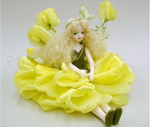 【送料無料】若月まり子 お花の妖精人形♪エルフィンフローリー:スイートピー(イエロー)【楽ギフ_のし】ビスクドール 御祝 贈答 創作人形 ギフト 結婚祝 出産祝 記念品