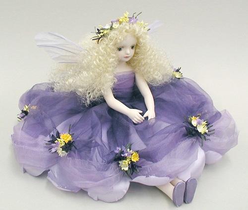 【送料無料】若月まり子 お花の妖精人形♪エルフィンフローリー:クロリス(パープル)【楽ギフ_のし】ビスクドール 御祝 贈答 創作人形 ギフト 結婚祝 出産祝 記念品