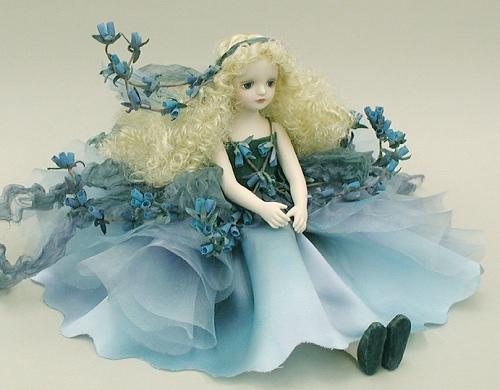 【送料無料】若月まり子 お花の妖精人形♪エルフィンフローリー:エリカ(ブルー)【楽ギフ_のし】ビスクドール 御祝 贈答 創作人形 ギフト 結婚祝 出産祝 記念品