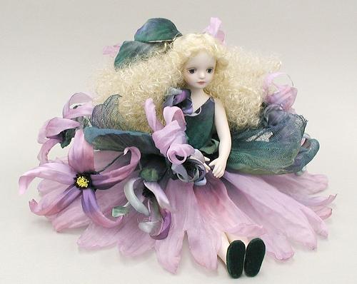 【送料無料】若月まり子 お花の妖精人形♪エルフィンフローリー:イランイラン(パープル)【楽ギフ_のし】ビスクドール 御祝 贈答 創作人形 ギフト 結婚祝 出産祝 記念品