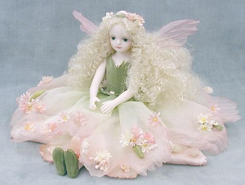 【送料無料】若月まり子 お花の妖精人形♪エルフィンフローリー:シオン(ピンク)【楽ギフ_のし】ビスクドール 御祝 贈答 創作人形 ギフト 結婚祝 出産祝 記念品