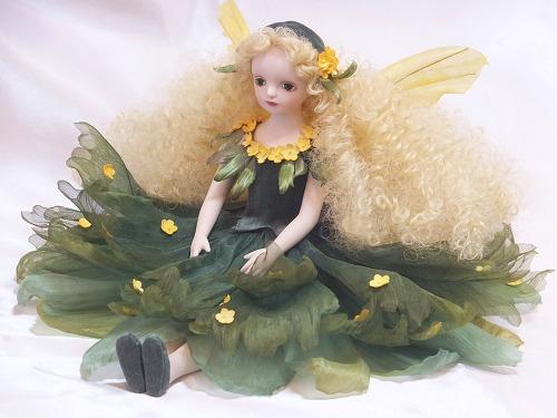 【送料無料】若月まり子 お花の妖精人形♪エルフィンフローリー:きんもくせい【楽ギフ_のし】ビスクドール 御祝 贈答 創作人形 ギフト 結婚祝 出産祝 記念品
