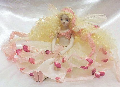【送料無料】若月まり子 お花の妖精人形♪エルフィンフローリー:ローズシュクレ【楽ギフ_のし】ビスクドール 御祝 贈答 創作人形 ギフト 結婚祝 出産祝 記念品
