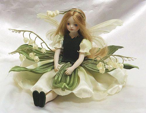【送料無料】若月まり子 お花の妖精人形♪エルフィンフローリー:すずらん(ストレートヘア)【楽ギフ_のし】ビスクドール 御祝 贈答 創作人形 ギフト 結婚祝 出産祝 記念品