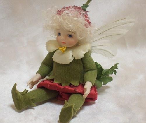 【送料無料】若月まり子 お花の妖精人形♪リトルエルフィン:ストロベリー【楽ギフ_のし】ビスクドール 御祝 贈答 創作人形 ギフト 結婚祝 出産祝 記念品
