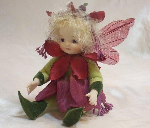 【送料無料】若月まり子 お花の妖精人形♪リトルエルフィン:フュッシャ(パープル)【楽ギフ_のし】ビスクドール 御祝 贈答 創作人形 ギフト 結婚祝 出産祝 記念品
