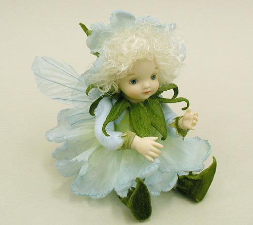 【送料無料】若月まり子 お花の妖精人形♪リトルエルフィン:ペチュニア(ブルー)【楽ギフ_のし】ビスクドール 御祝 贈答 創作人形 ギフト 結婚祝 出産祝 記念品