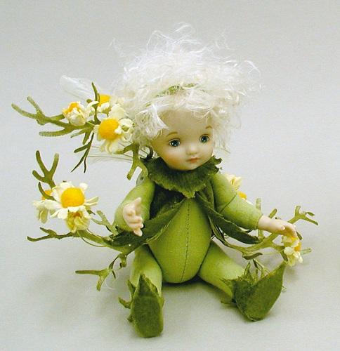 【送料無料】若月まり子 お花の妖精人形♪リトルエルフィン:カモミール(オフ・ホワイト)【楽ギフ_のし】ビスクドール 御祝 贈答 創作人形 ギフト 結婚祝 出産祝 記念品