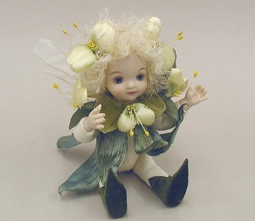 【送料無料】若月まり子 お花の妖精人形♪リトルエルフィン:つゆくさ(オフ・ホワイト)【楽ギフ_のし】ビスクドール 御祝 贈答 創作人形 ギフト 結婚祝 出産祝 記念品
