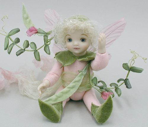 【送料無料】若月まり子 お花の妖精人形♪リトルエルフィン:からすのえんどう(ピンク)【楽ギフ_のし】ビスクドール 御祝 贈答 創作人形 ギフト 結婚祝 出産祝 記念品