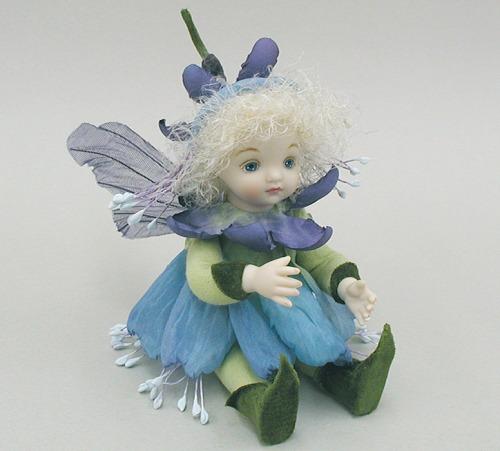 【送料無料】若月まり子 お花の妖精人形♪リトルエルフィン:フュッシャ(ブルー)【楽ギフ_のし】ビスクドール 御祝 贈答 創作人形 ギフト 結婚祝 出産祝 記念品