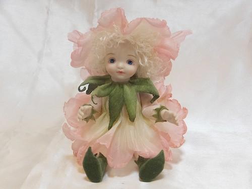 【送料無料】若月まり子 お花の妖精人形♪リトルエルフィン:ペチュニア(ピンク)【楽ギフ_のし】ビスクドール 御祝 贈答 創作人形 ギフト 結婚祝 出産祝 記念品