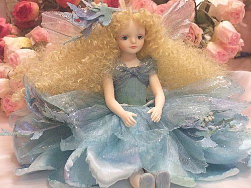 【送料無料】若月まり子 お花の妖精人形♪エルフィンフローリー:アルテミシア【楽ギフ_のし】ビスクドール 御祝 贈答 創作人形 ギフト 結婚祝 出産祝 記念品