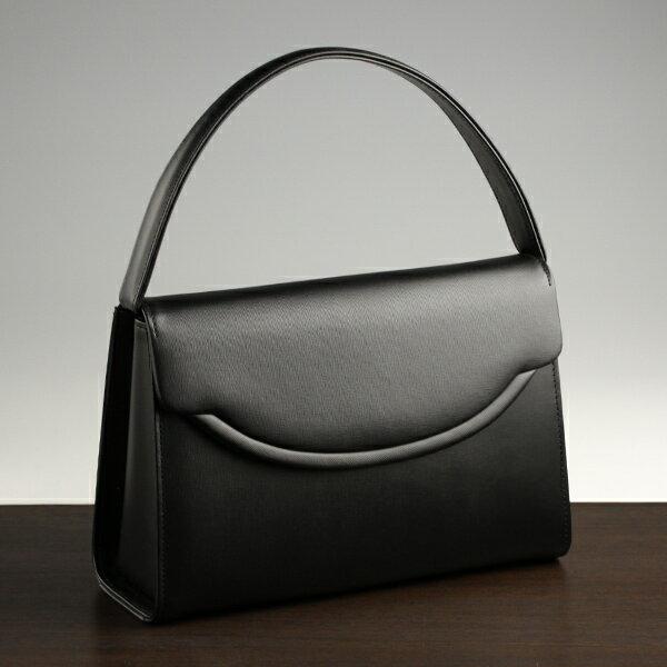 ブラックフォーマル、慶弔どちらも使えるバッグのおすすめは?