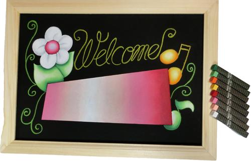 自宅でチョークアートをしてみませんか 下絵の描かれたブラックボードと必要なオイルパステルが入ったハンドメイドキット 玄関やお店の入り口に お中元 文字が自由に入れられるキット ネームボードのハンドメイドキット ピンク フレーム付 チョーク 新品未使用