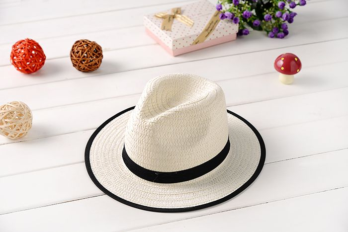 ♡For more product information♡ ♤ jajijaketto with emblem! Super angle  brackets is a nice classy straw hat ... a7a6d699fc0a