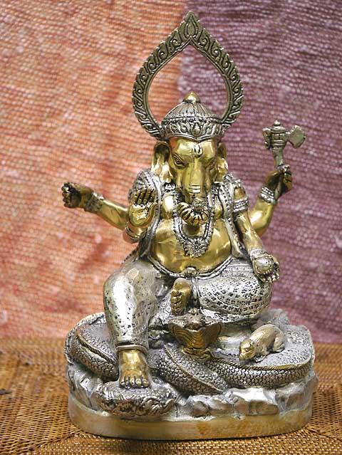 インドの神様ガネーシャの置物 メタル製の大きなガネーシャです!(No.19)もちろん重量もヘビー級!/エスニック/アジアン雑貨