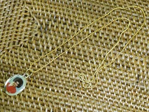 インド製のチープさが良い感じのサイババのネックレス サイババのネックレス その4 完売 毎週更新 アジアン雑貨 ポスト投函配送選択可能です エスニック