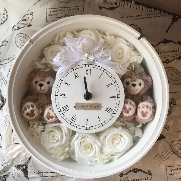 **ホワイトデーにいかが?ディズニーシー★ダッフィー&シェリーメイがついた時計。掛け時計としても、置時計としてもつかえます。プレゼントにおすすめ!プリザーブドフラワー 結婚祝い