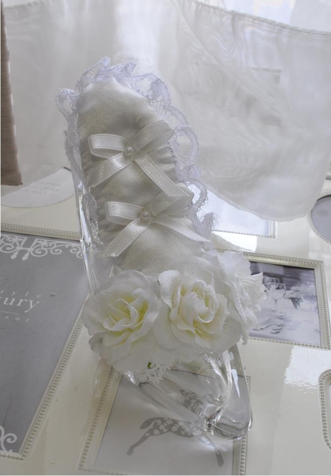 シンデレラの靴 リングピロー まさにお姫様 まるでガラスの靴 アーティフィシャルフラワー 完成品CxBdeWro