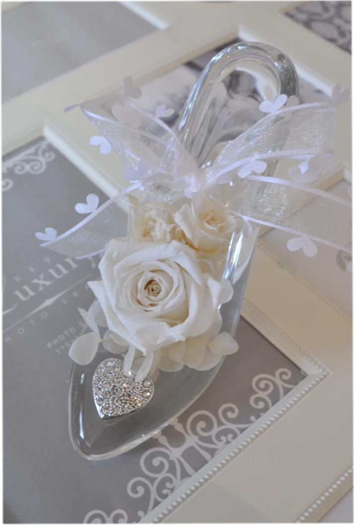 **ディズニーランドのシンデレラ城☆ガラスの靴☆もちろんガラス製です☆プロポーズやお誕生日プレゼントに