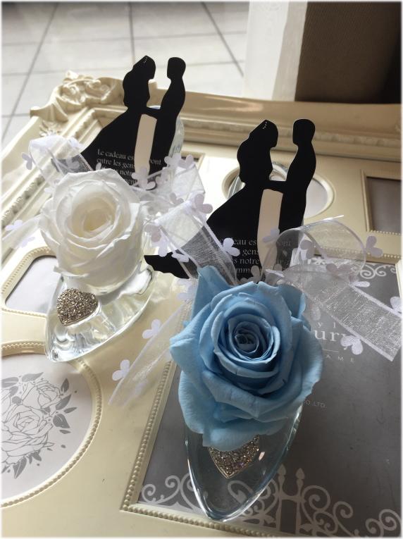 ディズニーランドのシンデレラ城☆ガラスの靴☆もちろんガラス製です☆リングピロープリザーブドフラワー☆バラの色変更できます