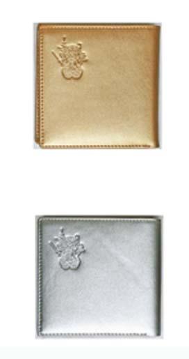 財布の表面には 三面大黒天を型押してあります 数量限定 三面大黒天 大黒天 直営限定アウトレット 毘沙門天 弁財天 財運 二つ折り財布