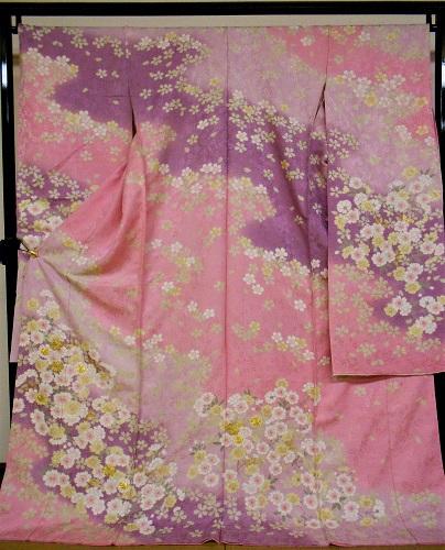 正絹振袖 桜ひらり 青柳 絞り 柄八掛付 日本製 ピンク 伊と幸 未仕立て 送料無料