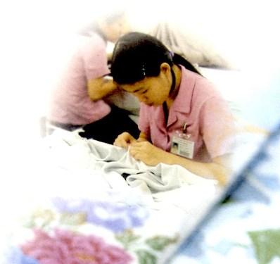 7歳・四つ身着物(正絹胴裏・正絹八掛・正絹伊達衿・湯のし・肩上げ・腰上げ付き)・海外手縫い仕立