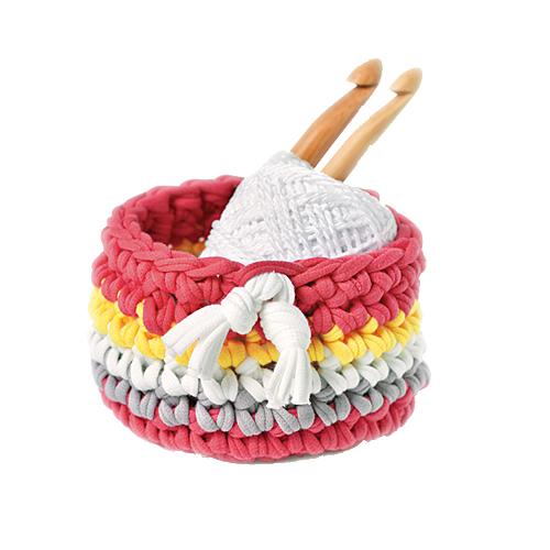 極太のかぎ針でニット布をサクサク編みます 初心者でも簡単 Panami パナミ 商舗 ニット布で編む 発売モデル 洋裁 手作り ピンクかぎ針初心者小物 ミニバスケット 手芸