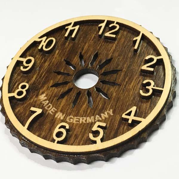 百貨店 クォーツ式ドイツ鳩時計 アラビア数字文字盤変更 数量は多