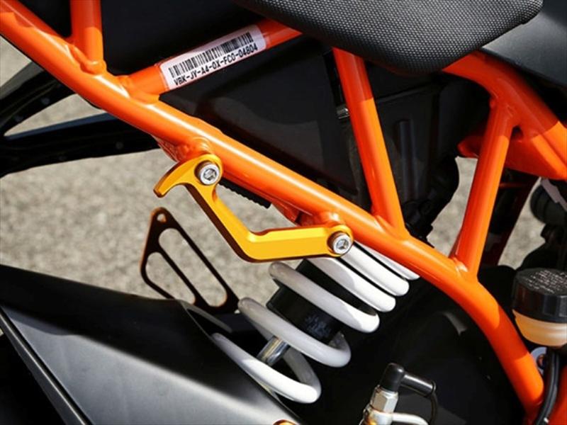 バイクパーツ モーターサイクル オートバイ バイク用品 外装BABYFACE ベビーフェイス レーシングフック 390 定番キャンバス 大幅値下げランキング 15-005-FKT02GD RC125 GLD セール 4589981490513取寄品
