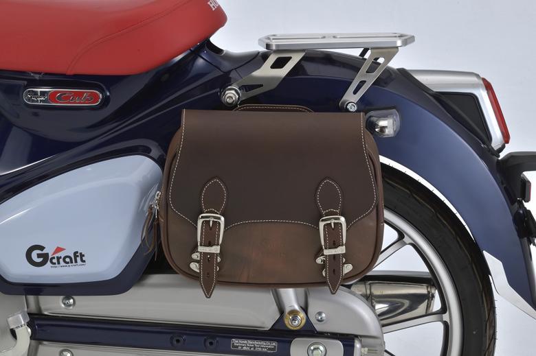 バイクパーツ モーターサイクル オートバイ バイク用品 ケース バッグ 新作多数 キャリアG-CRAFT 人気の定番 Gクラフト 4522285323101取寄品 セール GクラフトXデグナーサドルバッグ スーパーカブC12532310 ブラウン ジークラフト