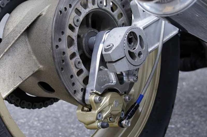 バイクパーツ モーターサイクル オートバイ バイク用品 ブレーキ クラッチOVER RACING おしゃれ ブレンボ2Pカニ用 GPZ900R83-78-21 記念日 Rキャリパーサポート オーバーレーシング セール 4539770111631取寄品