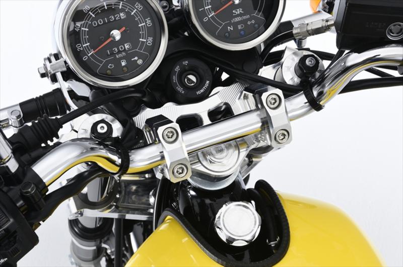 ※アウトレット品 バイクパーツ モーターサイクル オートバイ バイク用品 ハンドルオーヴァーレーシング OVERRACING ステムキット FI 最安値挑戦 SIL 4539770114458取寄品 SR400 55-401-10