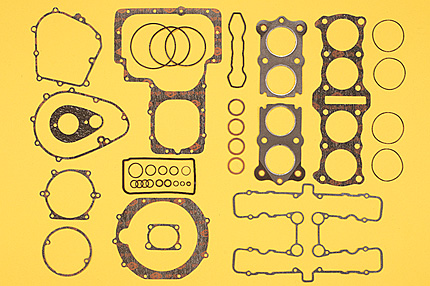 超定番 バイクパーツ モーターサイクル オートバイ バイク用品 吸気系 エンジンPMC ピーエムシー コンプリートガスケットセット 74-76 4548664046973取寄品 品質保証 セール 40pc Z1 2 後期34-59002